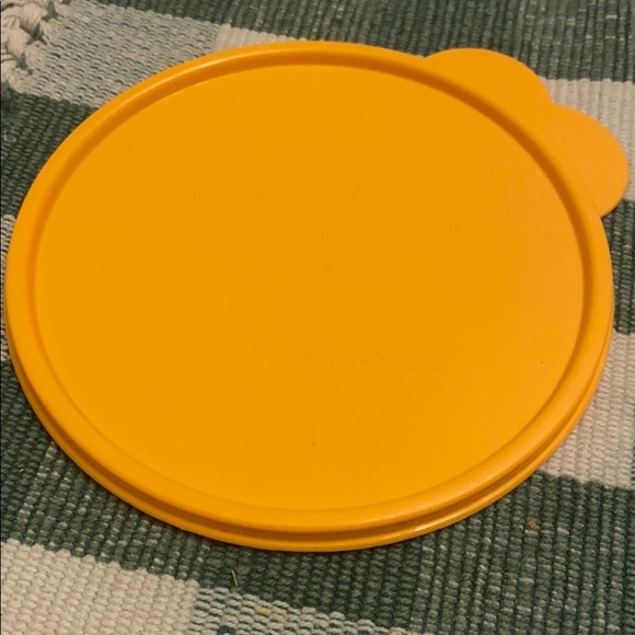 Tupperware cereal bowl seal